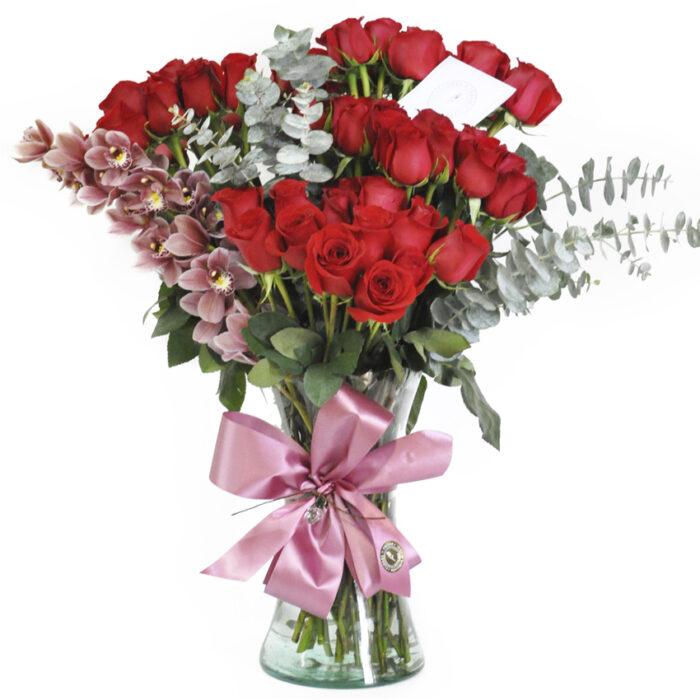 Topiario 50 rosas con orquídea