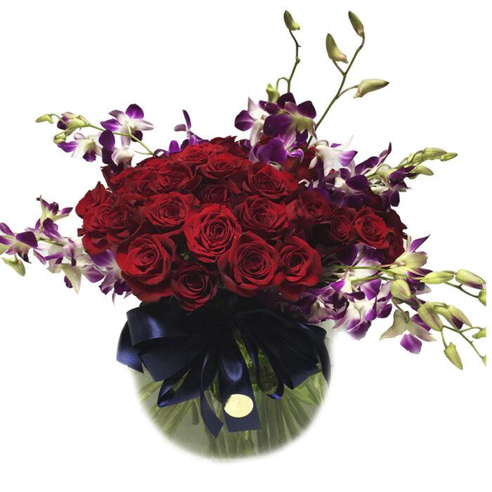 50 rosas y dendrodium