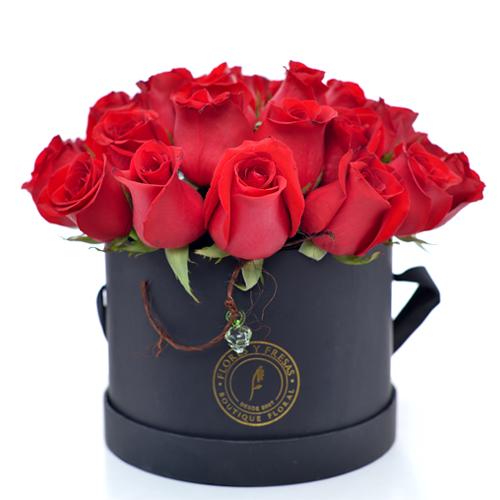 24 rosas ROJAS caja negra